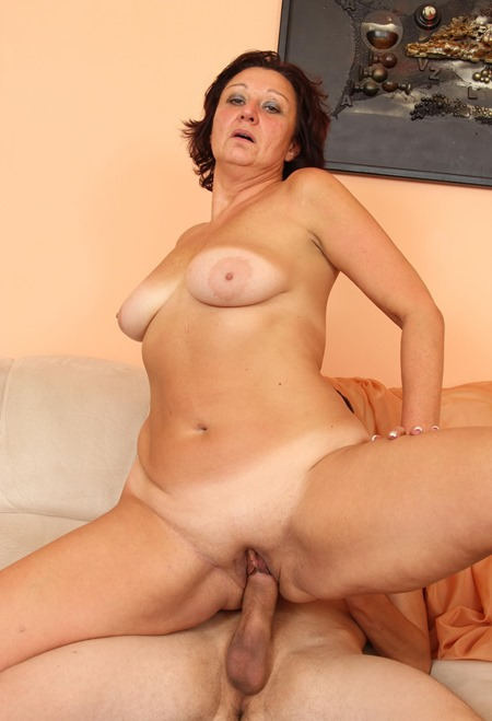 Milf and matures fuck